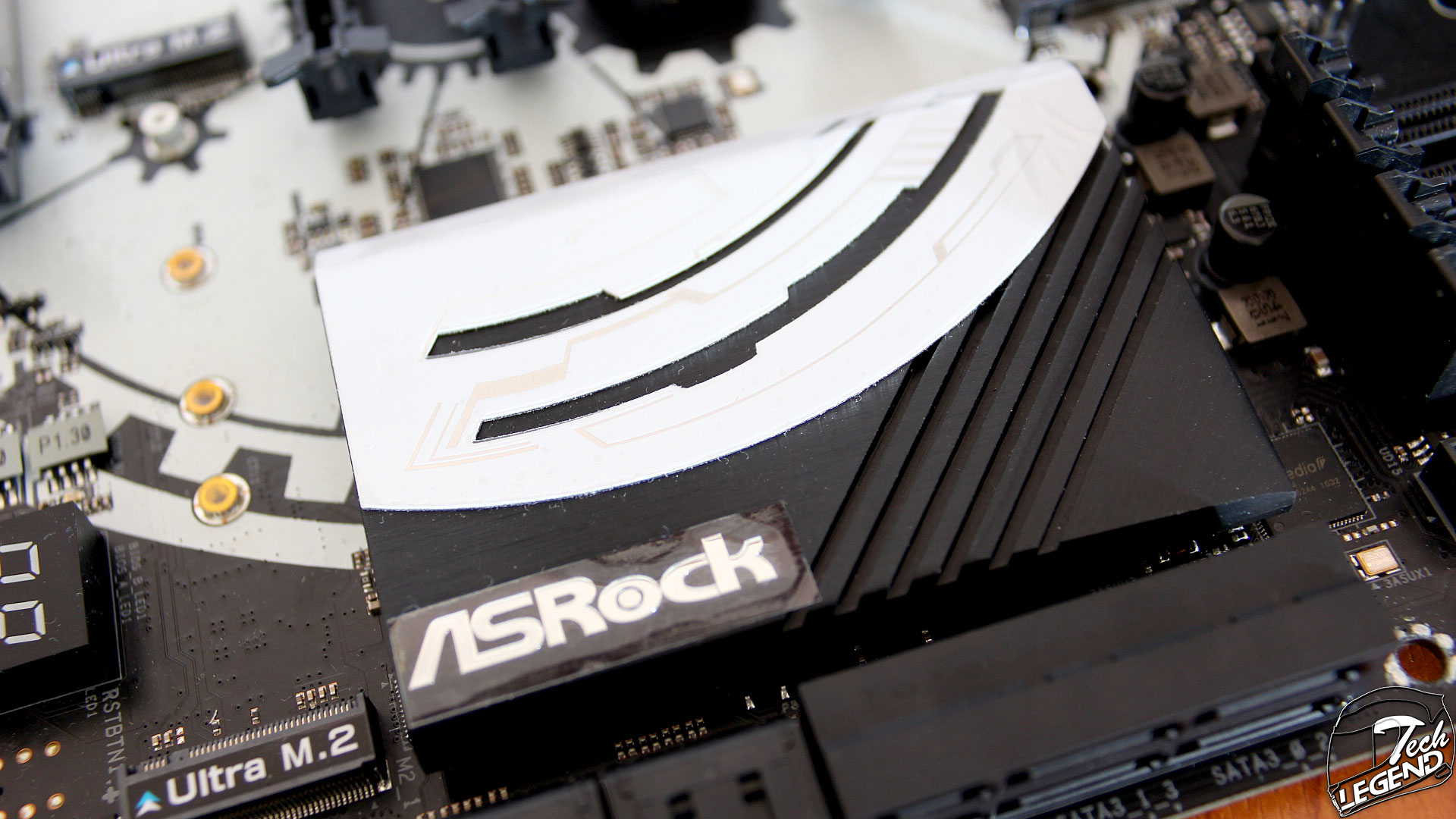 ASRock Z270 Taichi | Motherboard Review